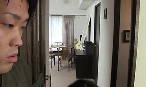 JAV Uncensored yon english subtitle: Mommy gives descendant oral delight in front leaving